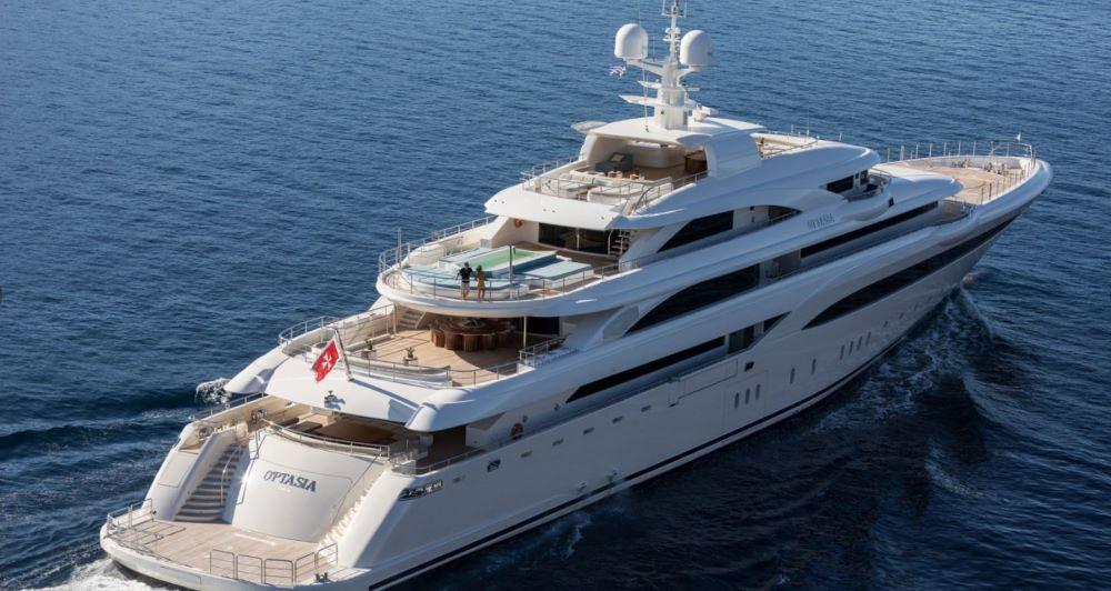 Superyacht O'PTASIA Exterior