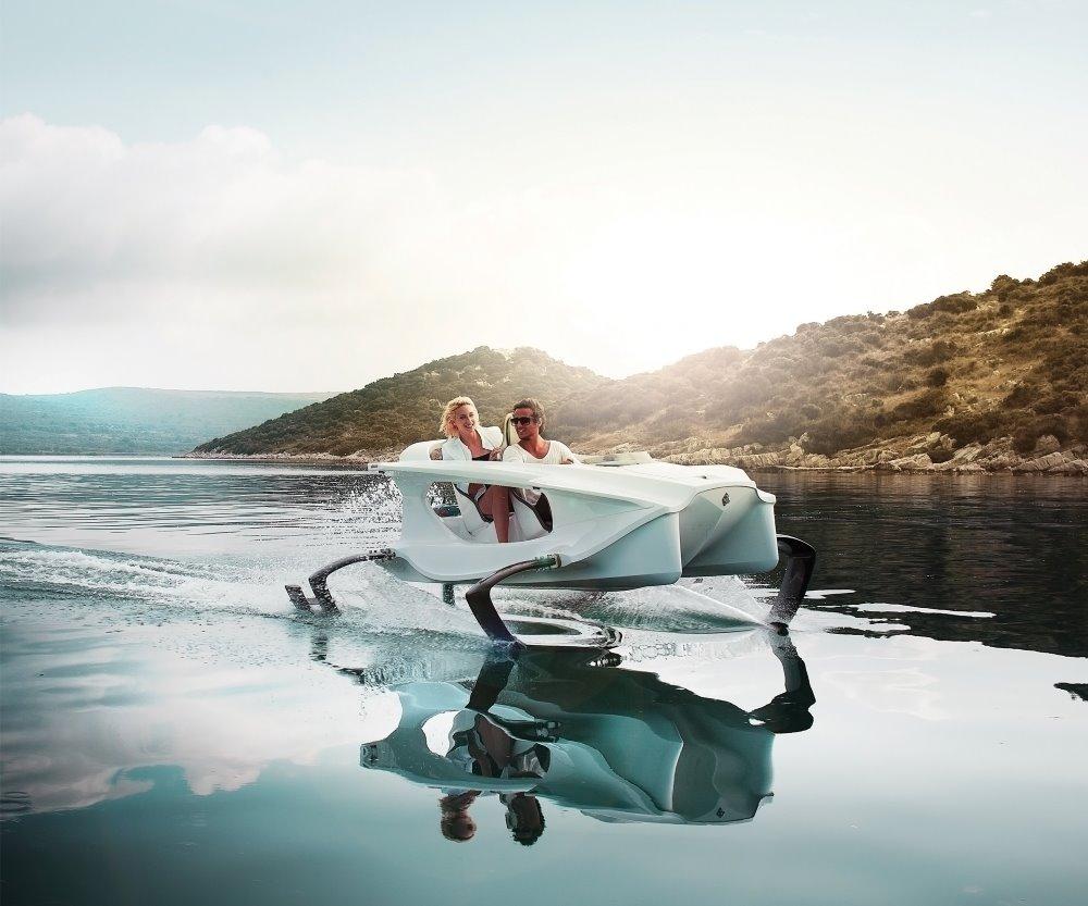 Quadrofoil watercraft by Quadrofoil