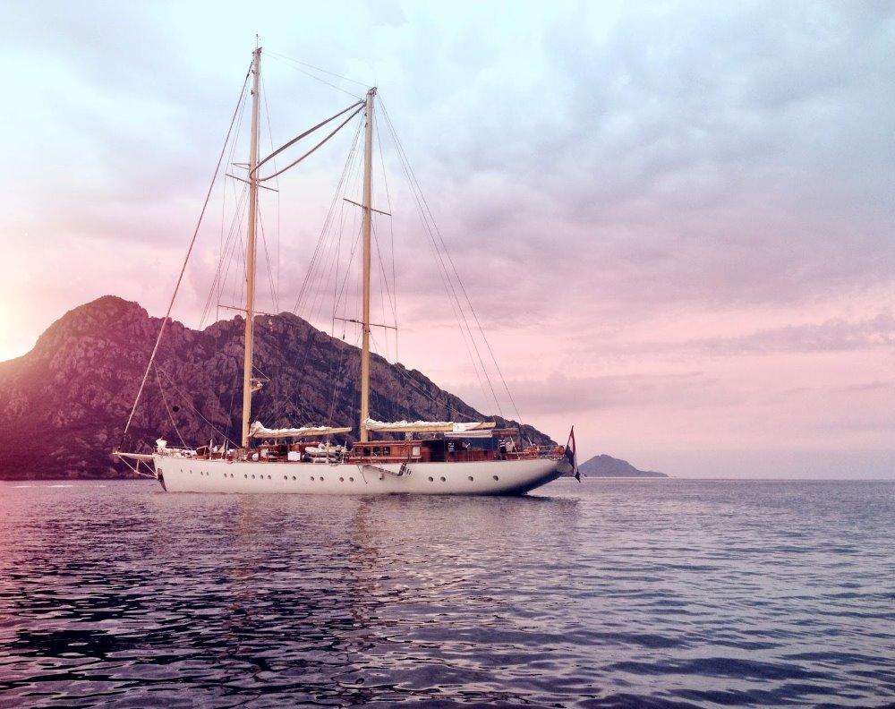 Sailing Yacht cruising in Corsica and Sardinia