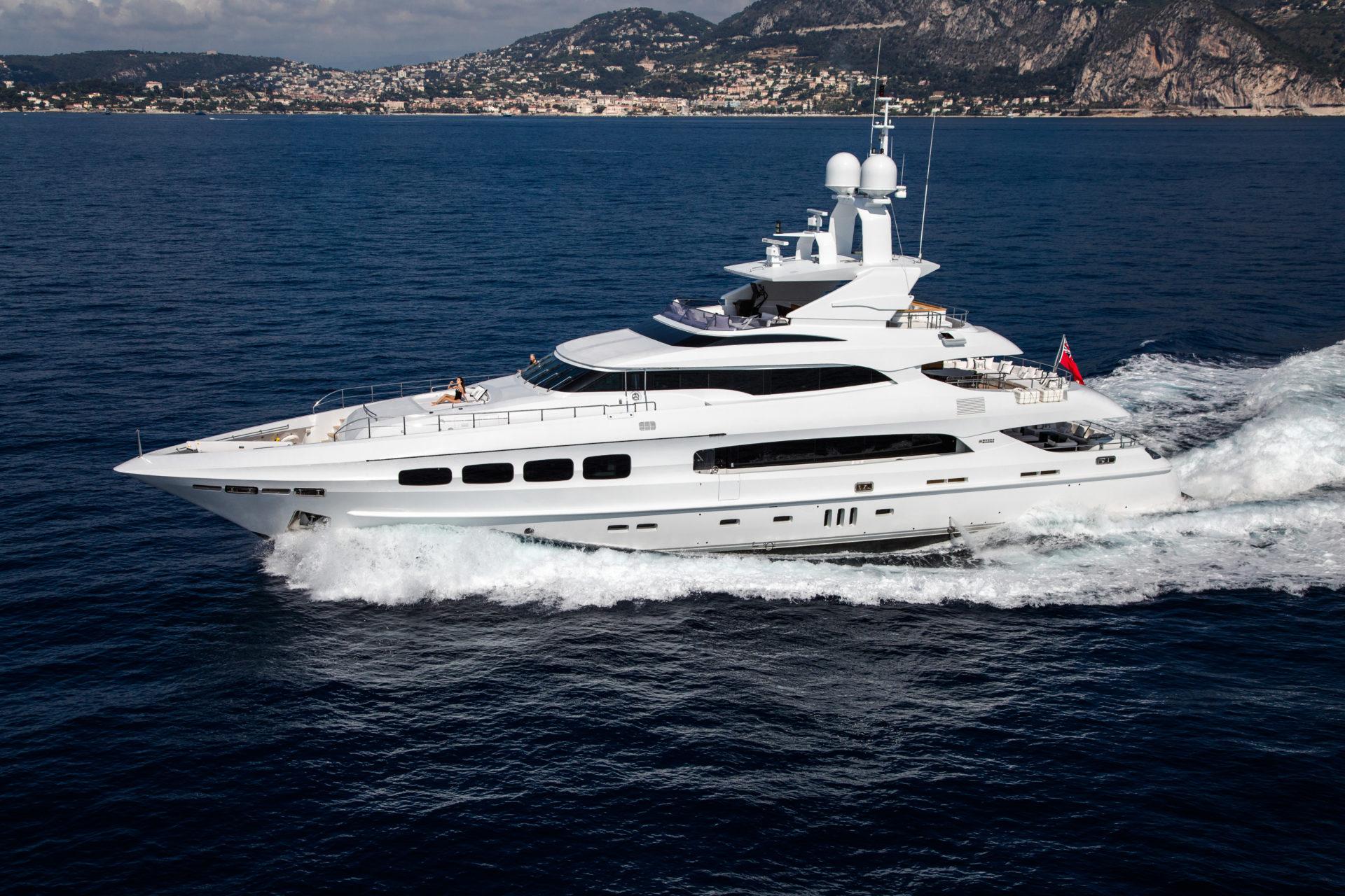 yacht-charter-yachting-TJB