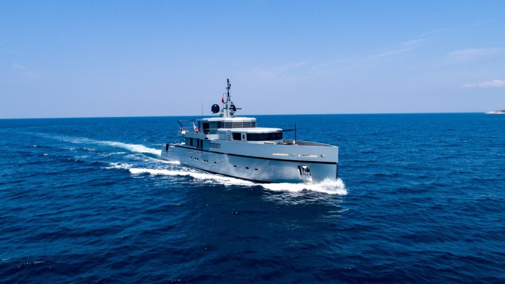 Award-winning Yacht SO'MAR