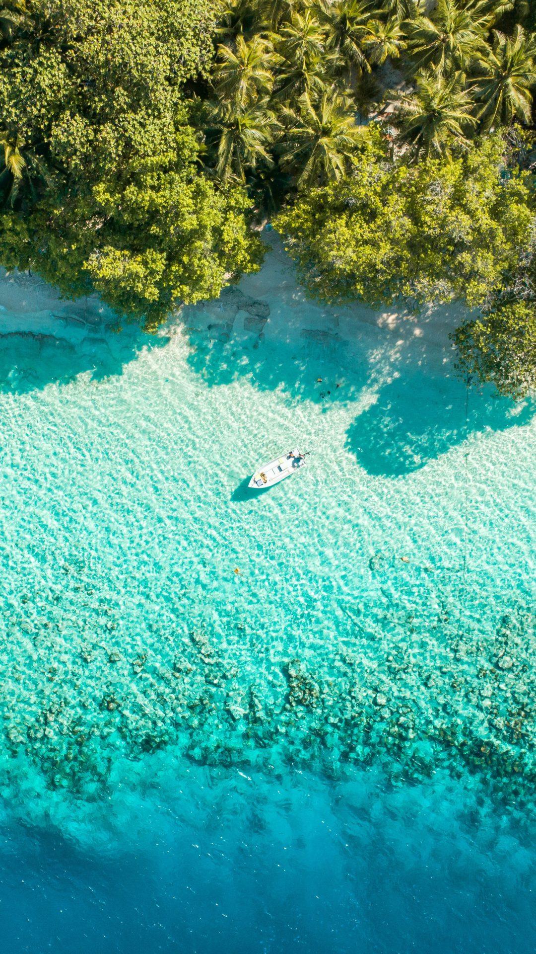 DHIFFUSHI BAHAMAS Ocean Jetski White Sand Beach TJB Superyacht