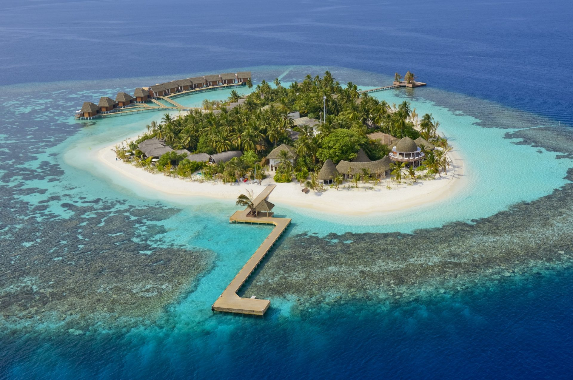 Kandholhudhoo Island Resort Ocean TJB Superyachts