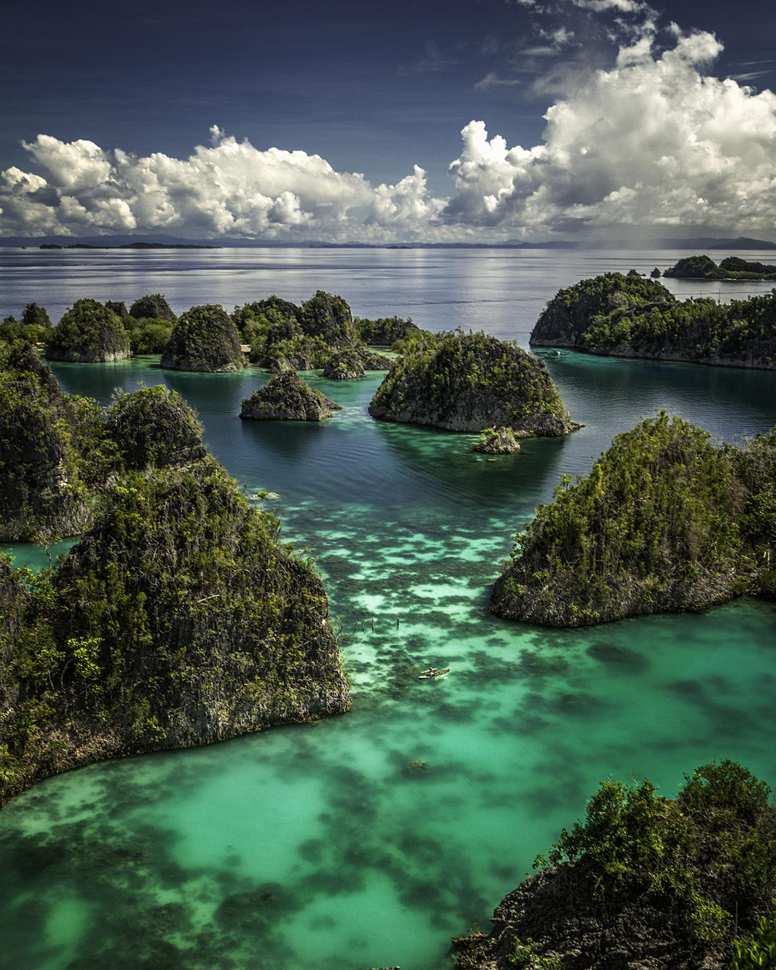 Penuma Island Ocean Boat Blue Water TJB
