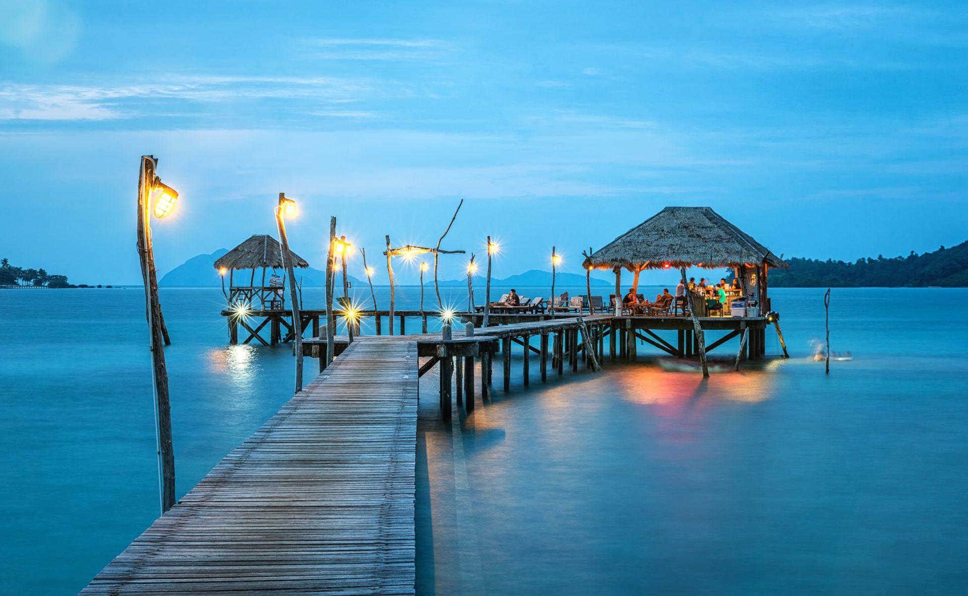 sailing vacations caribbean