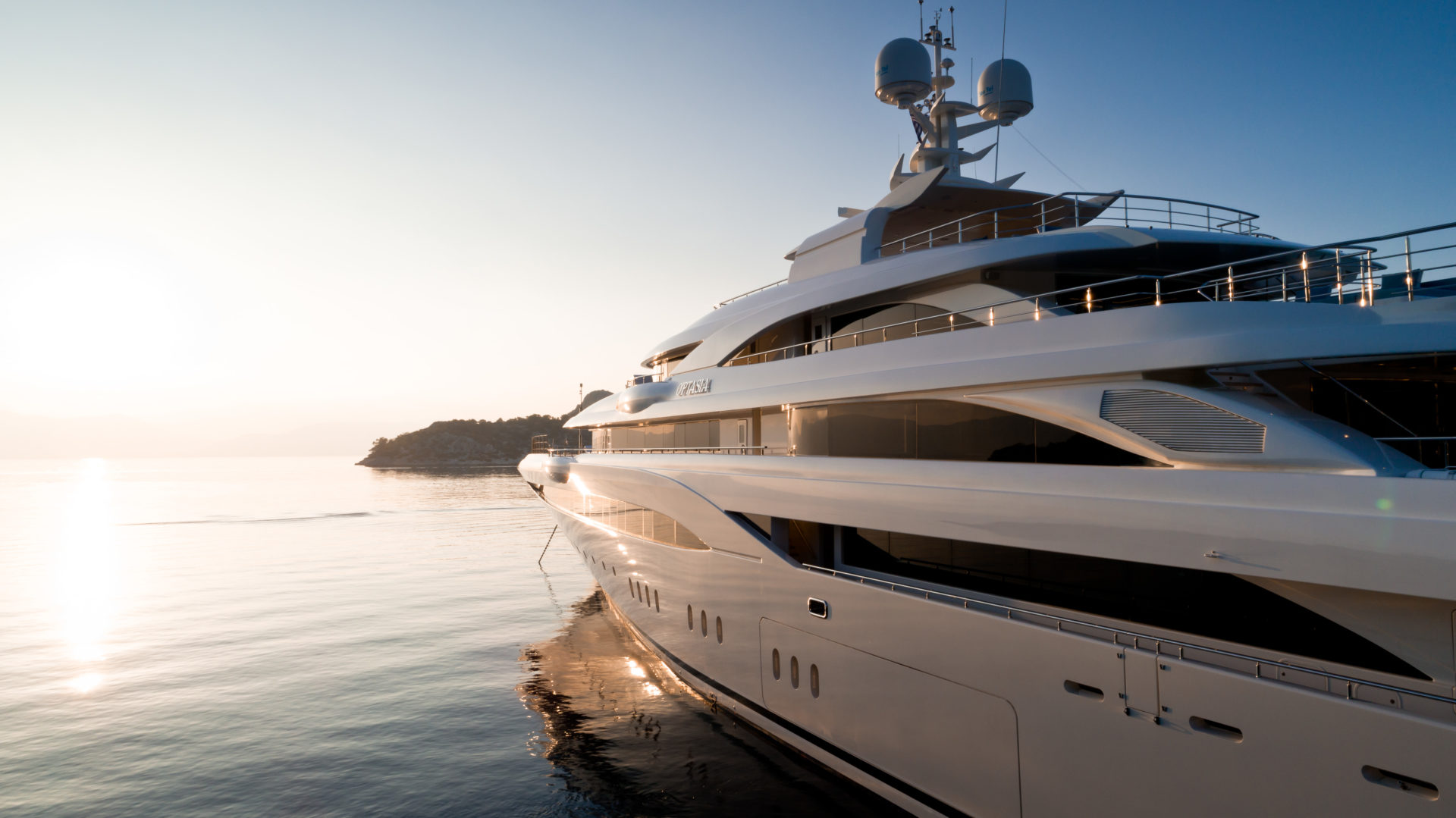 how to yacht charter